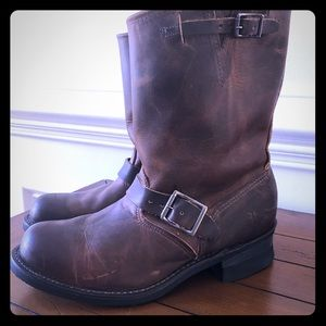 Frye Engineer 8R Size 8.5M